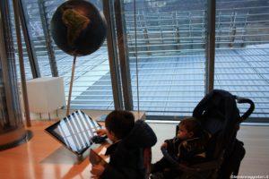 Bimbi Viaggiatori monitor interattivi