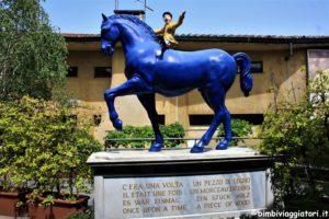 Statua ingresso Parco di Pinocchio