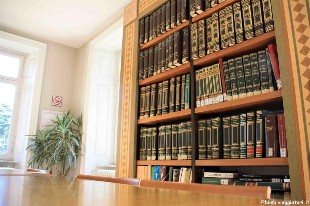 Villa Hussy libri bliblioteca