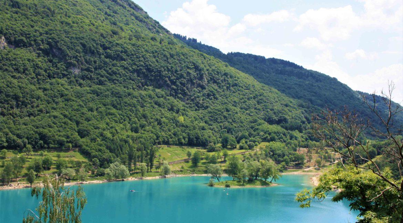 Lago di Tenno con la famiglia