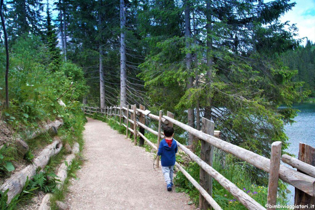 Sentiero Lago di Carezza