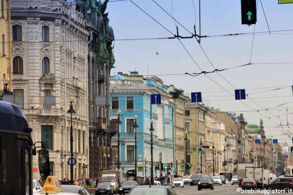 Come muoversi a San Pietroburgo