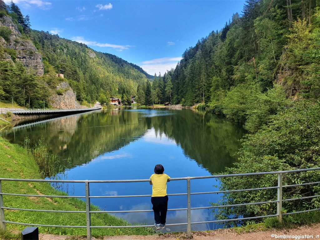 Lago Smeraldo a Fondo