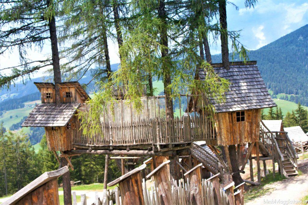 Casette legno sospese
